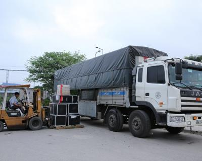 Dịch vụ vận tải đường bộ Bắc-Trung-Nam và chiều ngược lại, xe chạy liên tục hàng ngày