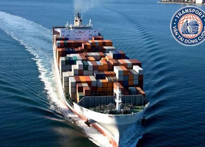 Đối phó thế nào với giá cước tàu container tăng kỷ lục?